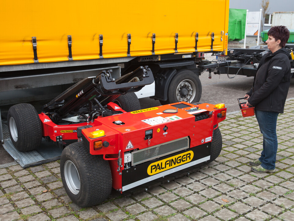 Chariot embarqué PALFINGER radiocommandé Box-mounted
