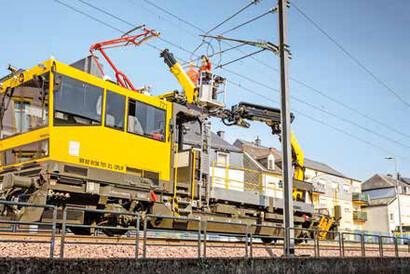 PALFINGER Railway - REPAIR OF OVERHEAD LINE BRACKETS