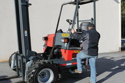 PALFINGER Truck Mounted Forklift Swivel Seat