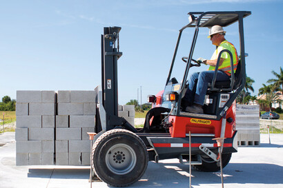 Truck Mounted Forklifts for Brick and Block