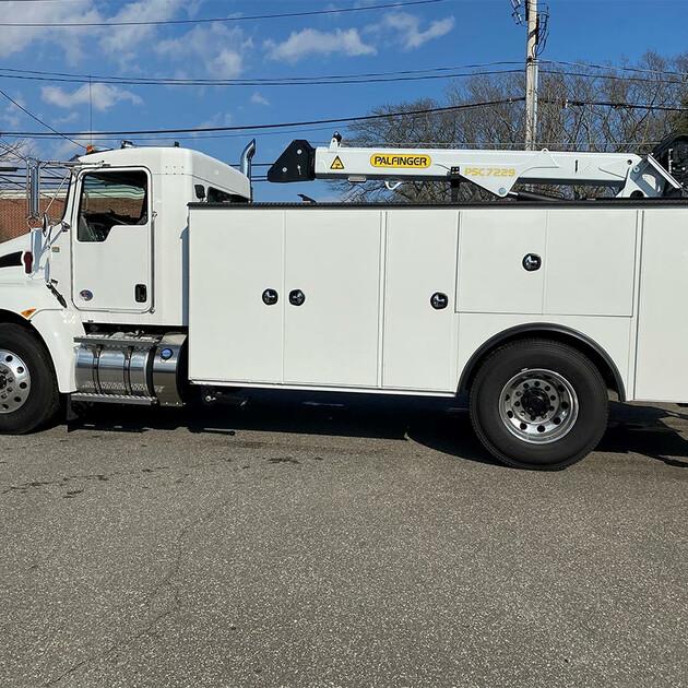 PALFINGER PAL Pro 72 Mechanics Truck