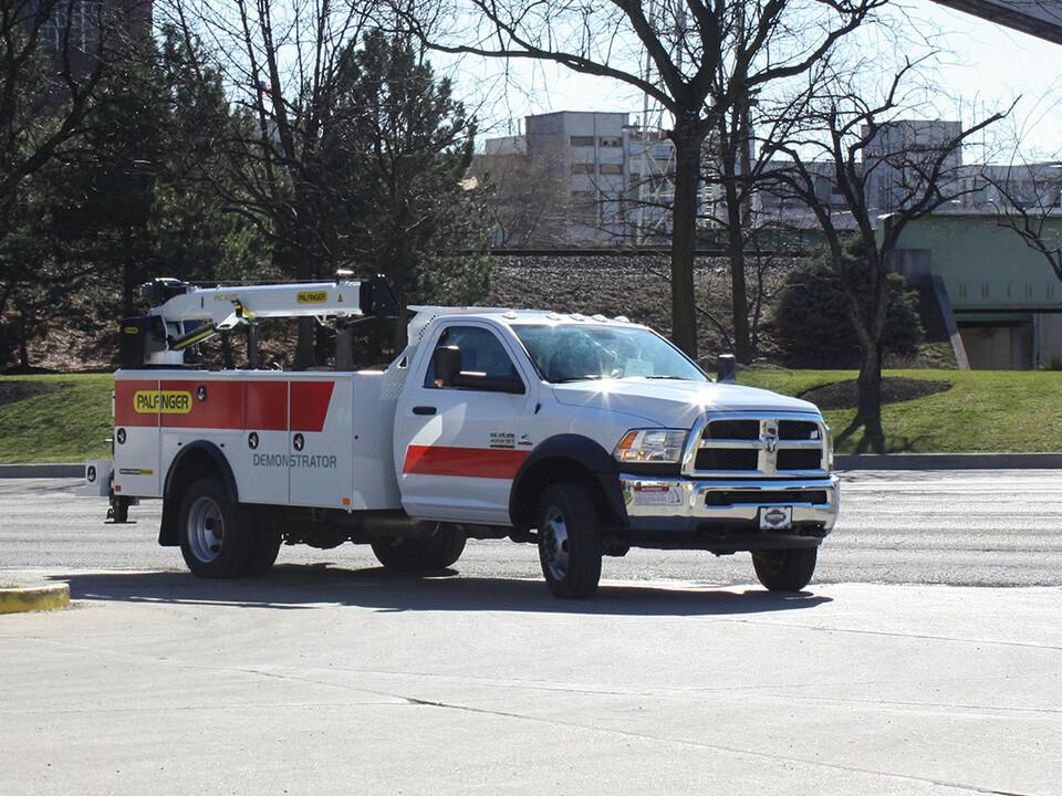 PALFINGER PAL Pro 20 Mechanics Truck